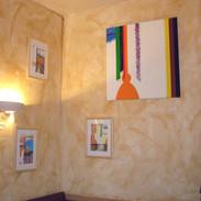 """Une vue de l'expo """"Peinture & Whisky"""" au Restaurant La Zygothèque, 2008"""