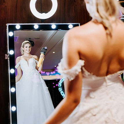 Photo booth hire- magic mirror - selfie mirror