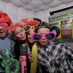 its-your-photo-booth-20170606210657-thum