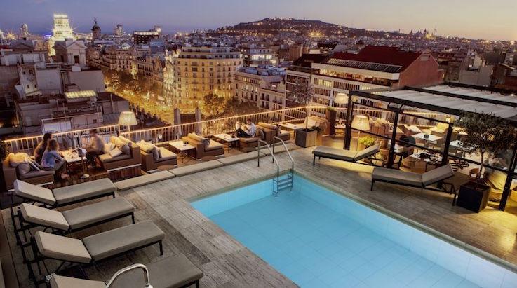 Терраса отеля The Majestic Hotel & Spa