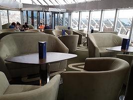 Yachtclub Lounge 2_bearbeitet.jpg