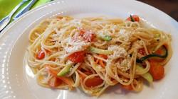 Spagheti mit Zuchini & Karotten_bearbeit