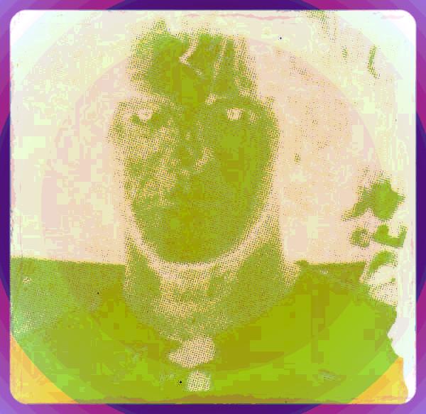 R-2064571-1323140907.jpeg_edited.jpg