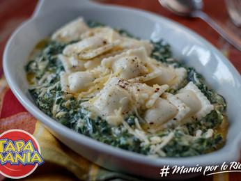 Ravioles a la florentina: base de espinacas a la crema con cebolla y ají molido.