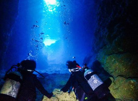 恩納村ボート 青の洞窟体験ダイビング♪