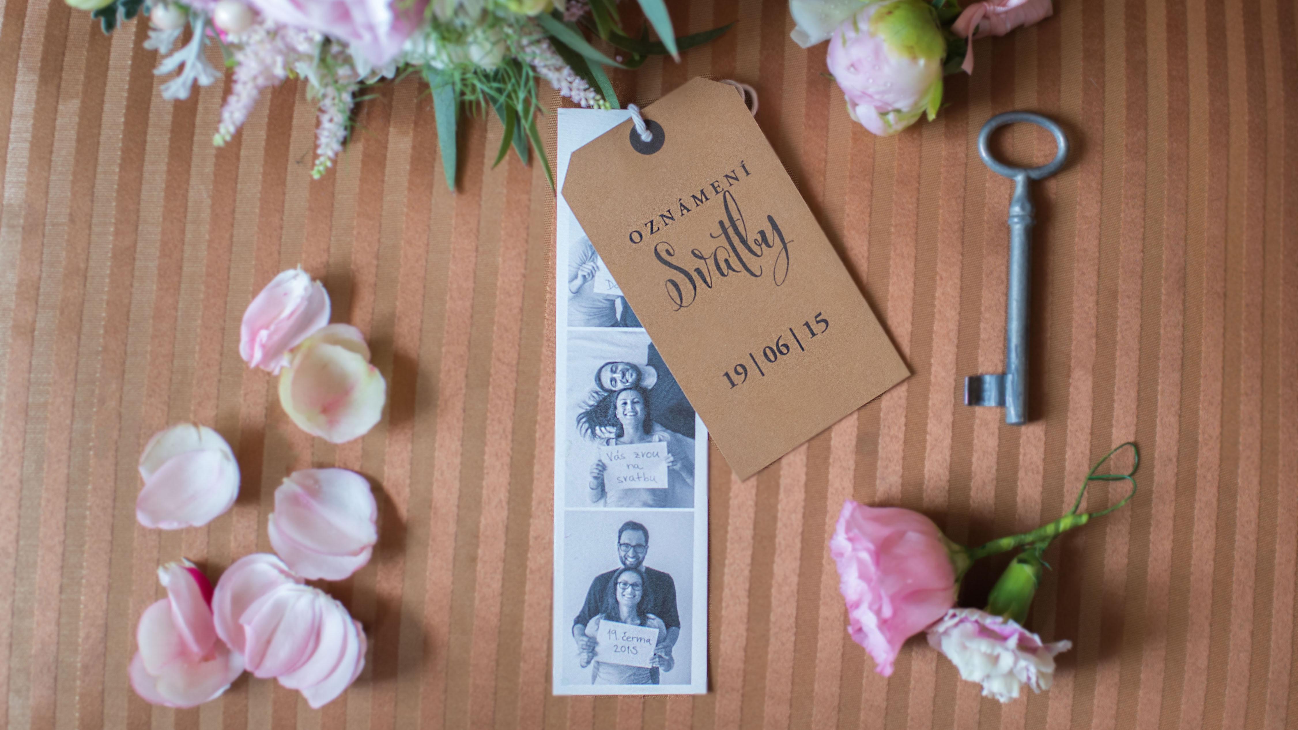 Netradiční svatební oznámení s fotko