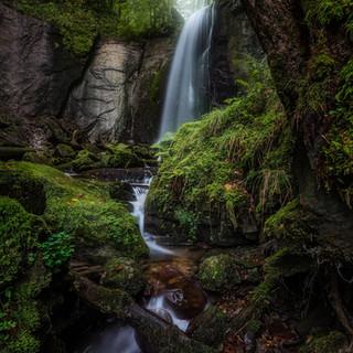 Wasserfall-Zug