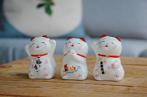 Ceramiczny kotek szczęścia Maneki Neko - figurka, 3 wzory
