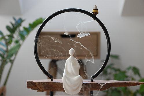 Chińska kadzielnica rzeźba MEDYTACJA
