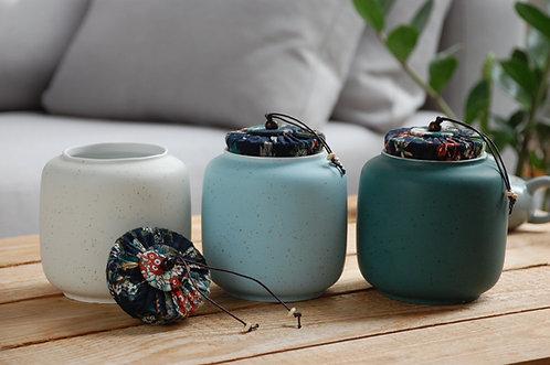 Ozdobne duże ceramiczne chińskie słoiki na herbatę