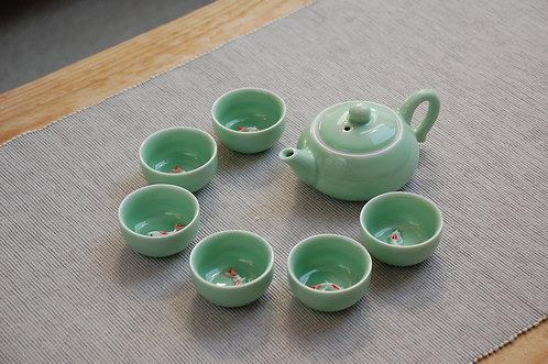 Zielony zestaw do herbaty w rybki