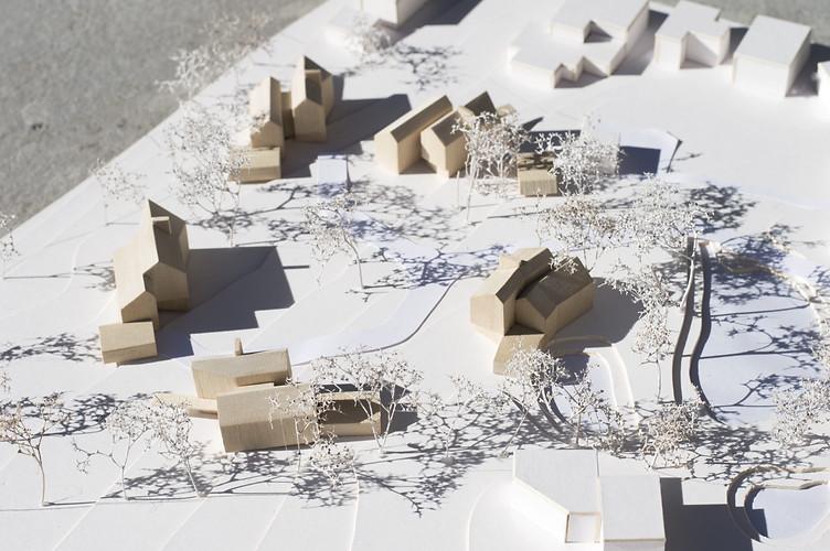 Annabelle Tugby Architects: Heybridge Lane 1:500 Jelutong Massing Model