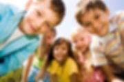 Дети и родители 1 июня газета Metro провела настоящий праздник детства  В выходной день семейные москвичи пришли на фестиваль Metro Family, чтобы насладиться первым днем лета и совместным досугом. В программе фестиваля этого года были 37 станций с бесплатными мастер-классами, лекциями, интерактивными экспонатами, творческими занятиями, активными играми и спортивными занятиями. Выставка техники, театральные перформансы и научные шоу – в течение восьми часов в парке «Красная Пресня» родители вместе с детьми исследовали, творили, учились, узнавали новое. Уроки гольфа сменялись занятиями у балетного станка, астрономические наблюдения – бейсбольной разминкой, конструирование роботов чередовалось с работой у мольберта. На главной сцене звучала музыка Игоря Мирославского, победителя Международного конкурса композиторов и аранжировщиков им. И.О. Дунаевского. Фестивальное настроение создавали оркестры, которые спускались с главной сцены и шли за гостями фестиваля, устраивая импровизированно игр