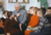 Автор песни Ёлка - Корней Чуковский в библиотеке Переделкино с детьми вокальная эстрадная детская студия песни Фантазеры