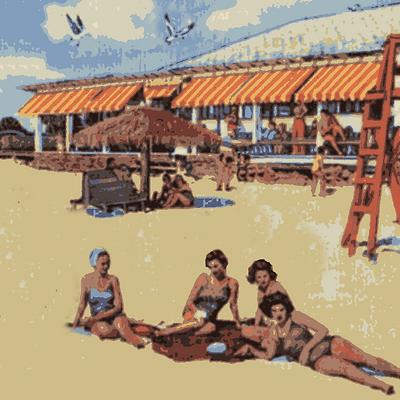 4 Beach Girls  in Clearwater Beach zoom