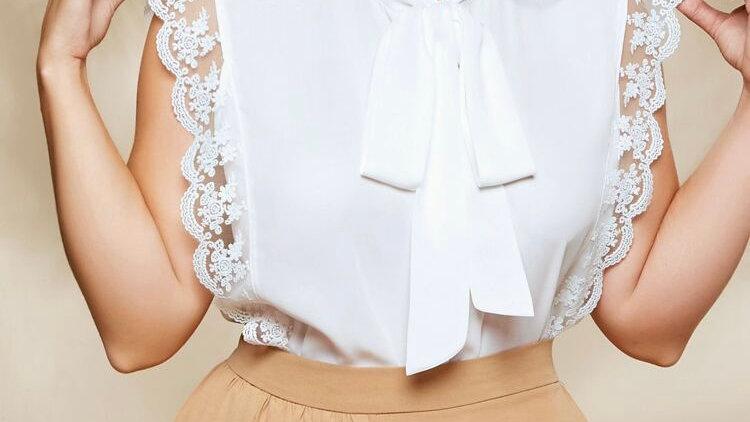 Top blanc Blouse avec dentelle  et nœud