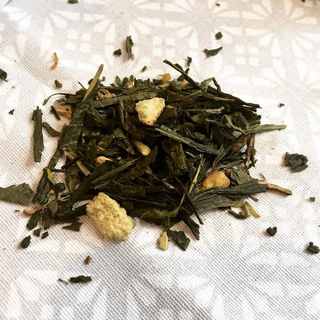 This is one of the most popular green tea blends we have out on the stalls! Iour Ginger and Lemon gr