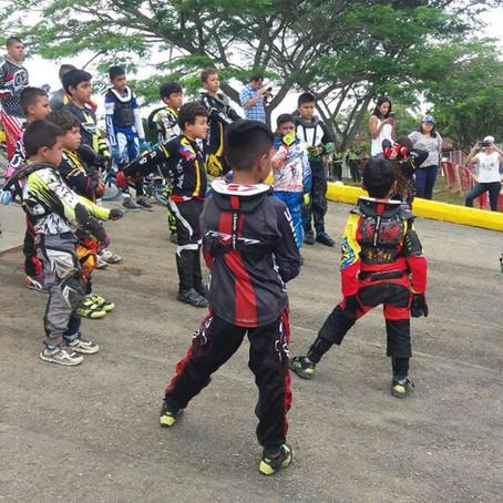 Iniciación de Copa Nacional de Bicicross en  Pereira, evento deportivo de Risaralda 50 años