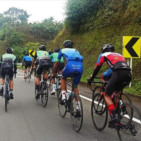 Ciclistas risaraldenses continúan su preparación para Campeonatos Nacionales