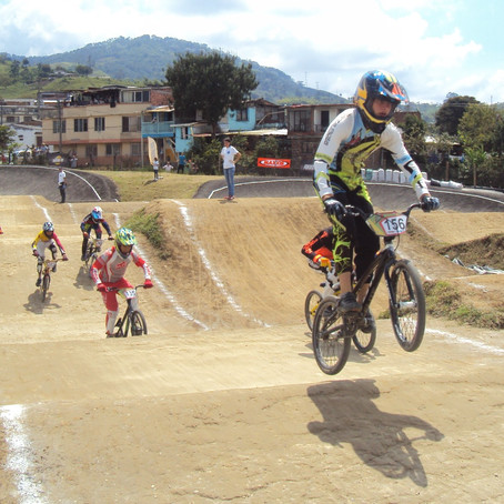 La fiesta del BMX se toma a Santa Rosa