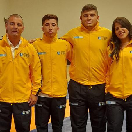 Luchadores respaldados por la Gobernación integran la Selección Colombia de la disciplina.