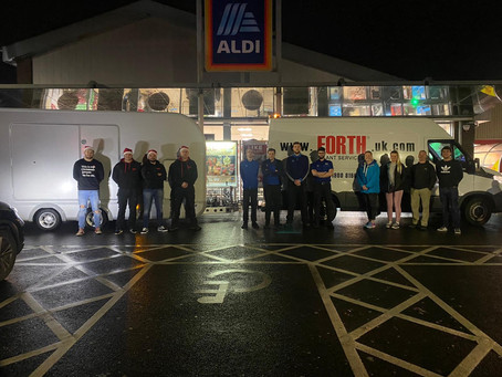 4,000 carrier bags of food delivered to ensure no child in community goes hungry this Christmas