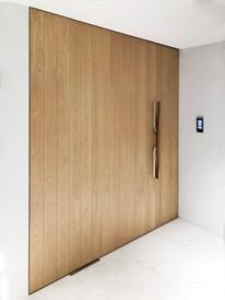 1-Wooden-DOOR.jpg
