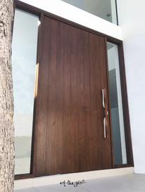 main door-03.jpg