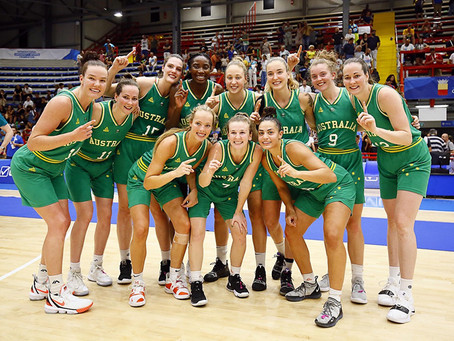 Medals and memories for UniRoos in Napoli.