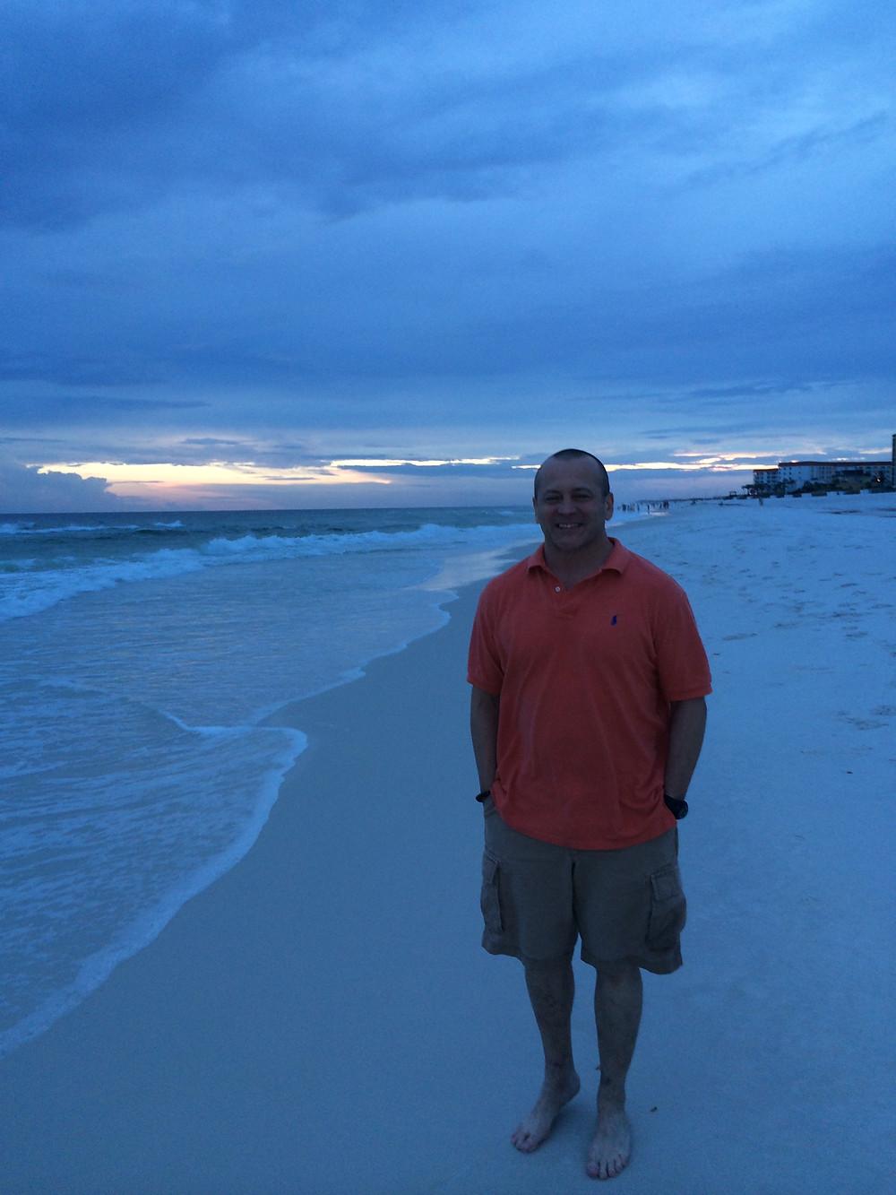 BEACH, HUSBAND, FORT WALTON BEACH, FLORIDA, WHITE SANDS, OCEAN, SUNSET