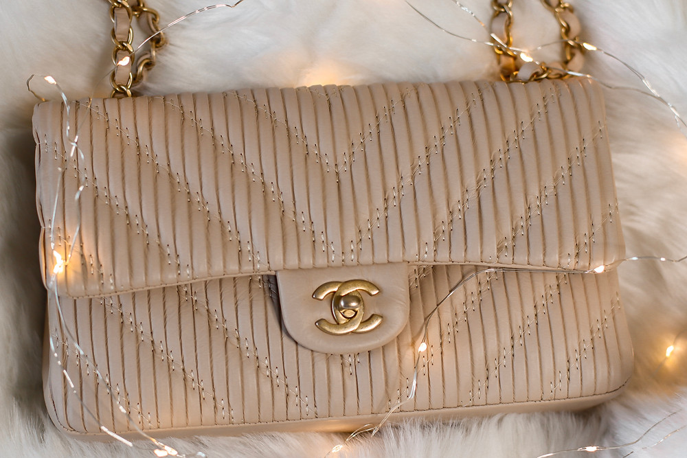 CHANEL, CHANEL CLASSIC DOUBLE FLAP, CHANEL CALFSKIN, CHANEL PLEATED CHEVRON, DESIGNER HANDBAGS