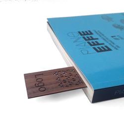 Segnalibri in legno personalizzato