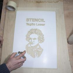 Progettare e realizzare uno stencil
