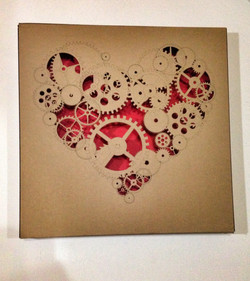Heart-Shaped Box quadri intaglio cartone (7)