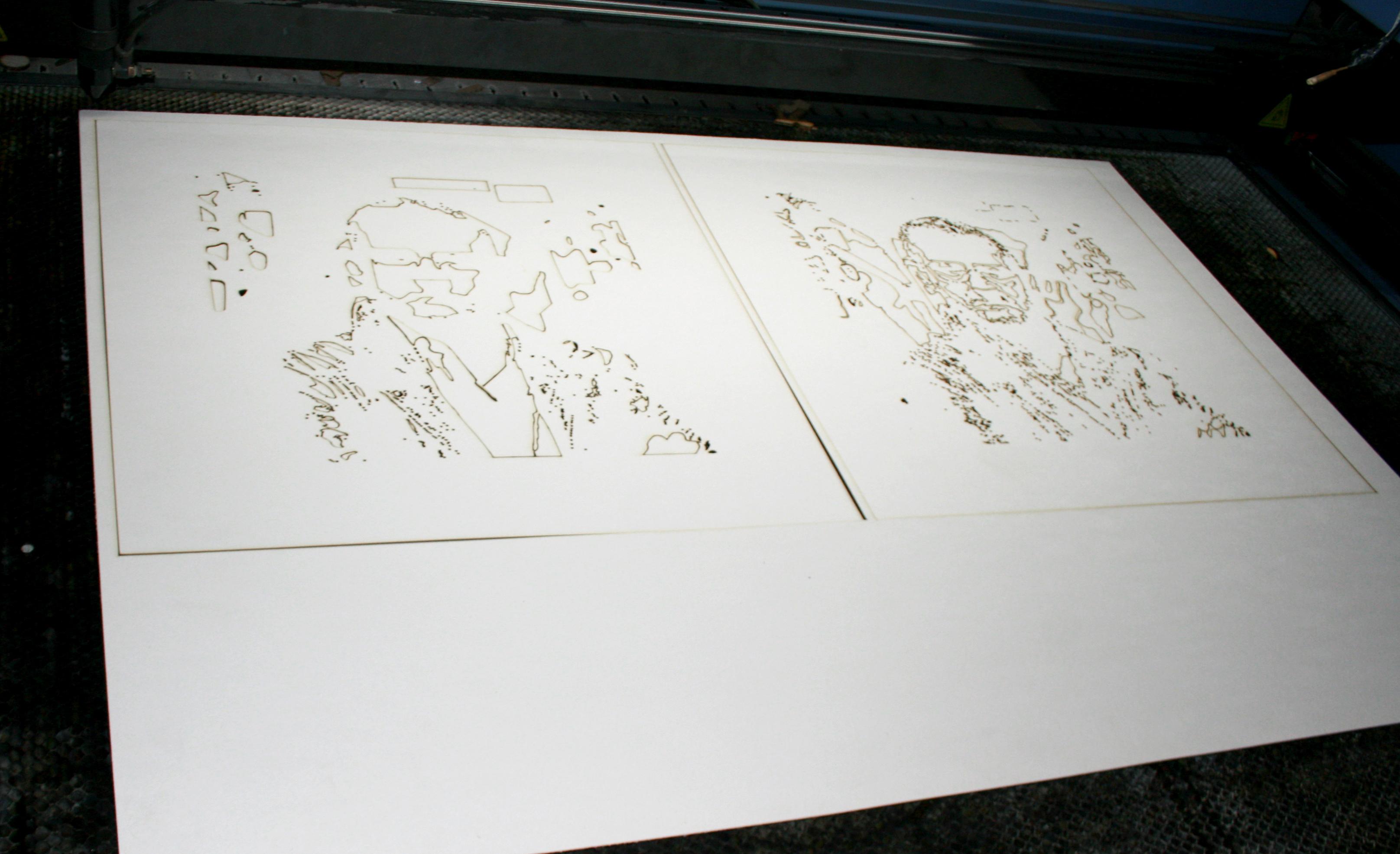 Taglio Stencil in cartoncino