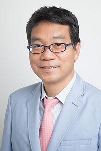 Dr Yuen Man Tak.jpg
