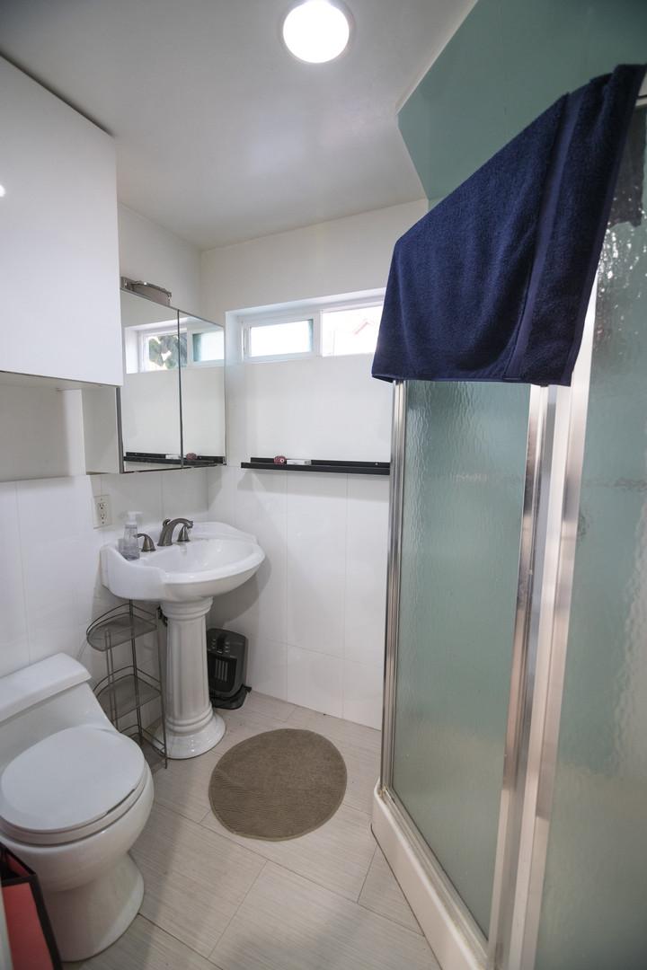30 - Backhouse full bathroom.jpg