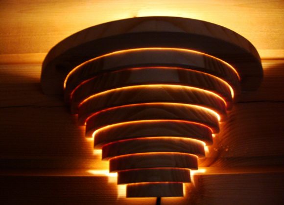 wooden wall lamp ▸ made of nordic pine rings
