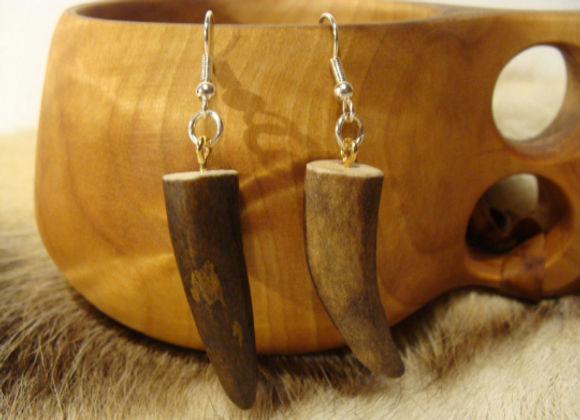 Earrings ▸ made of reindeer antler tips 2