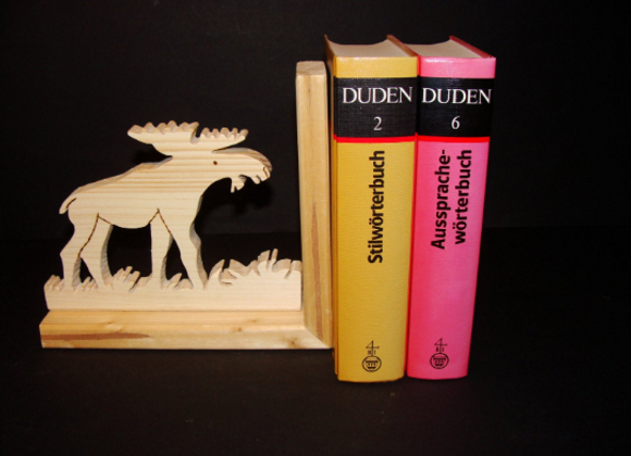 wooden bookend ▸ Moose motive