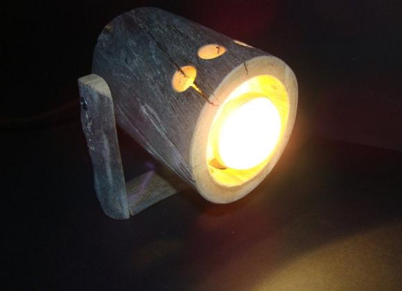"""wooden spotlight ▸ spotlight made from Kelo """"dead"""" wood"""