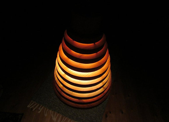 Wooden hanging lamp ▸ made of pine rings 2