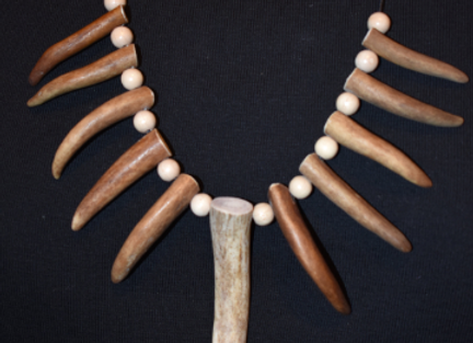Necklace ▸ with genuine reindeer antler tips 5