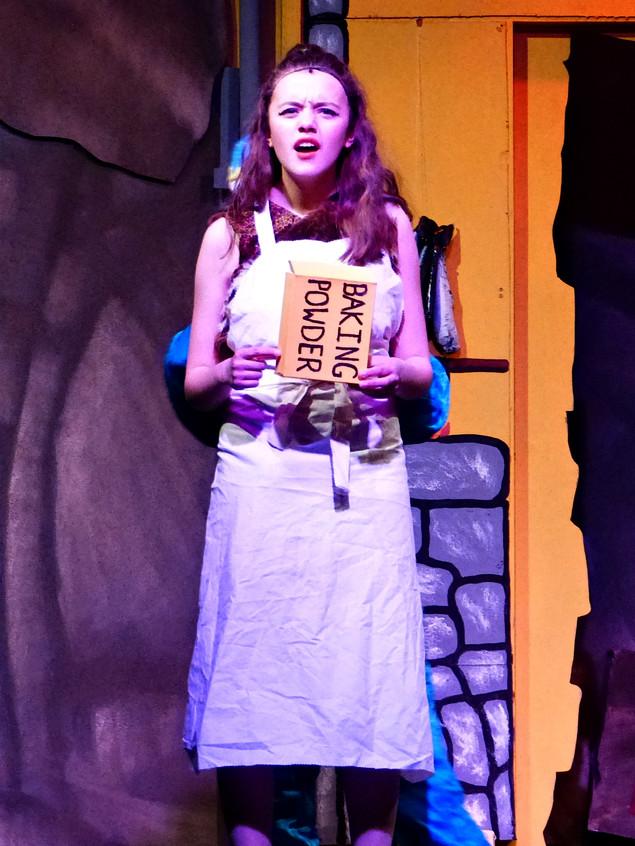 Act 1 Scene 7 - Amber Baking Powder.JPG
