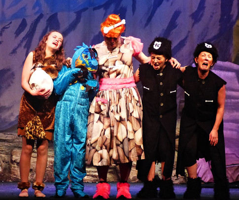 Act 2 Scene 7 - Rex Dame Amber Biff and Boff - song.JPG