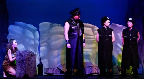 Act 1 Scene 10 - Amber Chief Biff and Boff.JPG