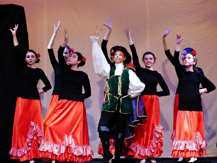Spanish Dancers with Puss in Boots.jpg