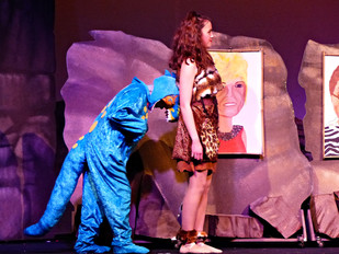 Act 1 Scene 4 - Amber and Rex push.JPG