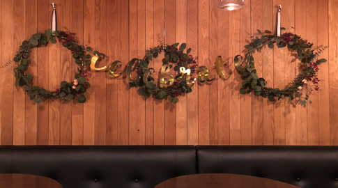 30th Birthday wreaths decor.JPG