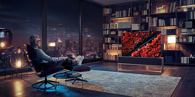 lg-signature-product-rollable-oled-tv-r1
